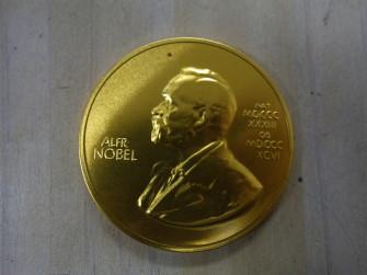 ノーベル賞メダル型チョコ(スウェーデン製)
