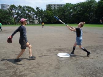 Manne(左)とEssi(右)